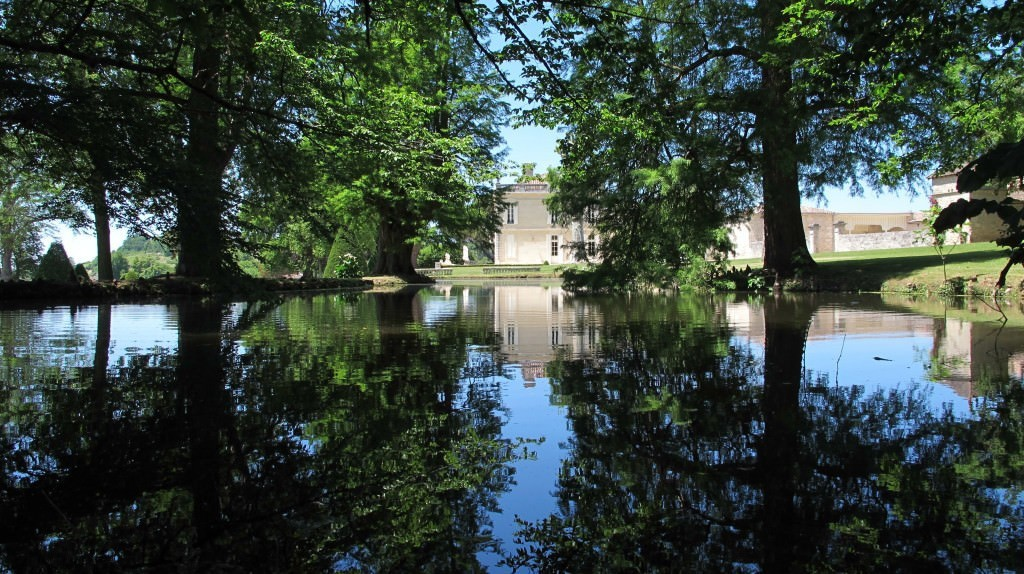 The grounds – Chateau de La Dauphine