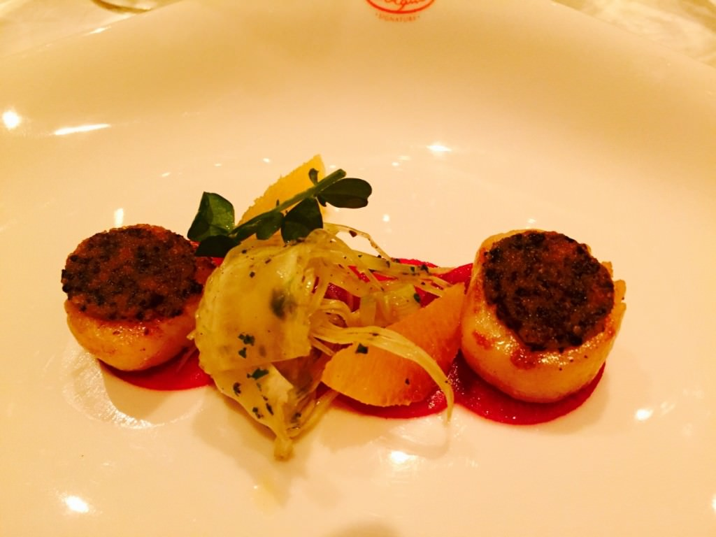 Black olive and orange crusted scallops, red beetroot carpaccio, crispy fennel salad, ginger, served with the Docetto d'Alba 2014